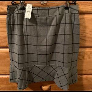 Beautiful LOFT skirt